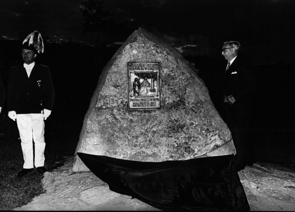 Enthüllung des Friedrich-Wilhelm-Weber-Gedenksteines am Schießstand